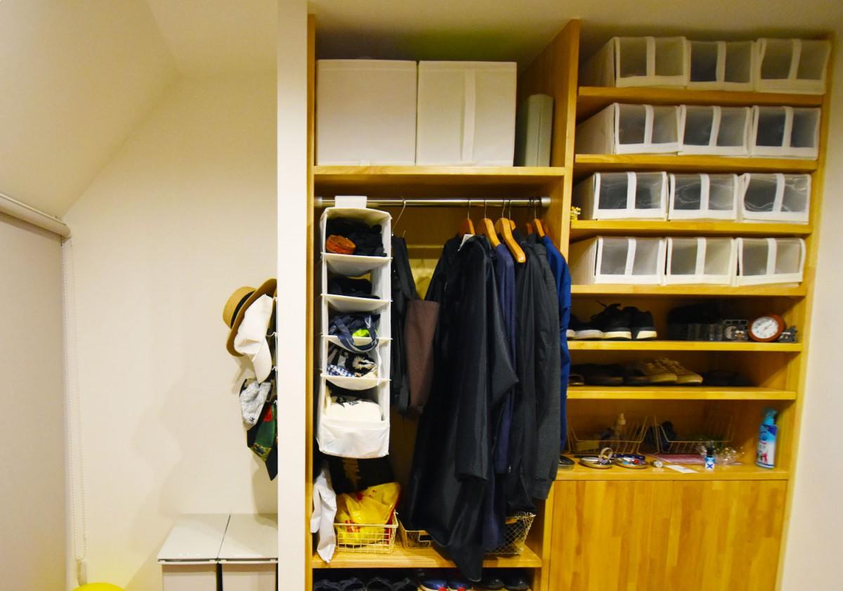 たくさん収納できる棚でお片付け簡単。